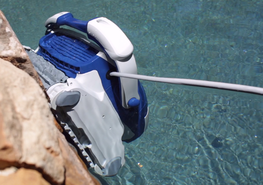 Aquabot Elite Robotic Pool Cleaner Redefine Clean Poolbots