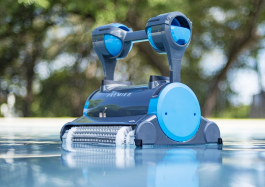 Dolphin Premier Robotic Pool Cleaner Refurbished Open Box Buy Innovative Robotic Pool Cleaners Poolbots